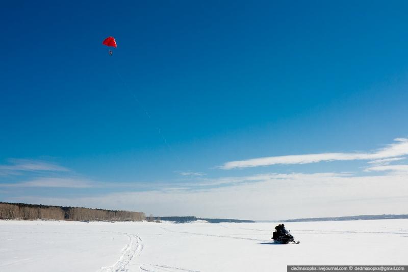 Winter Parasailing in Novosibirsk