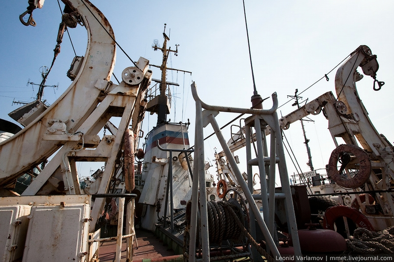 A Small Oil Tanker Tour