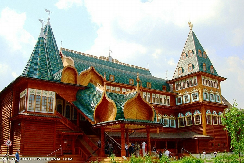 The Kolomna Palace As the 8th Wonder Of the World