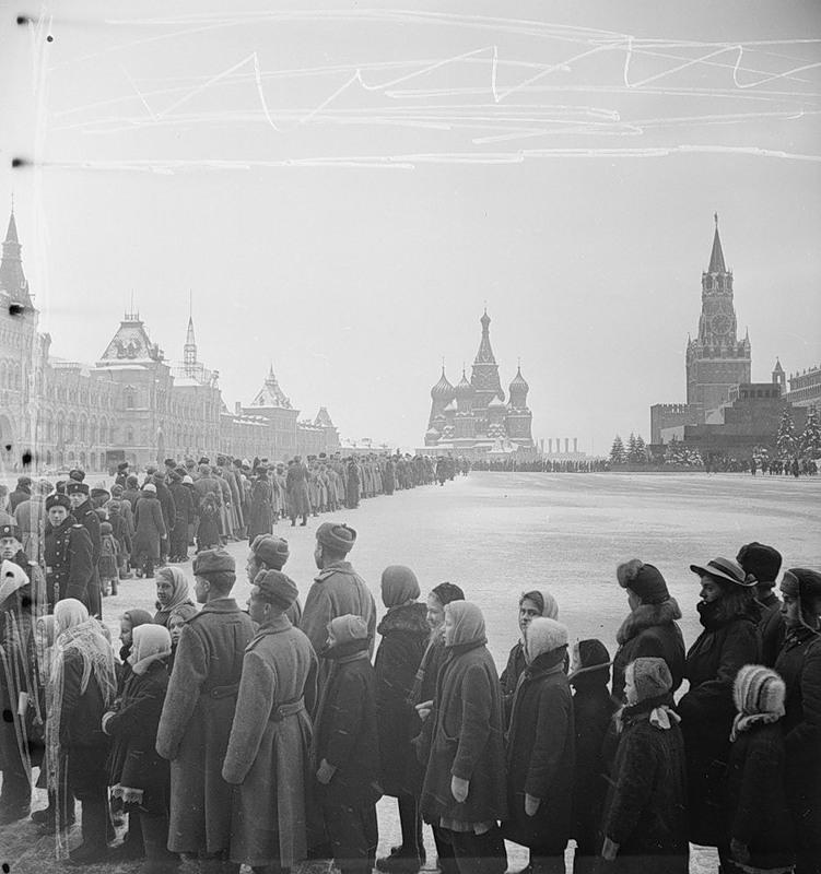 பழங்காலத்து moscow - Page 3 Sovietmoscow1-79