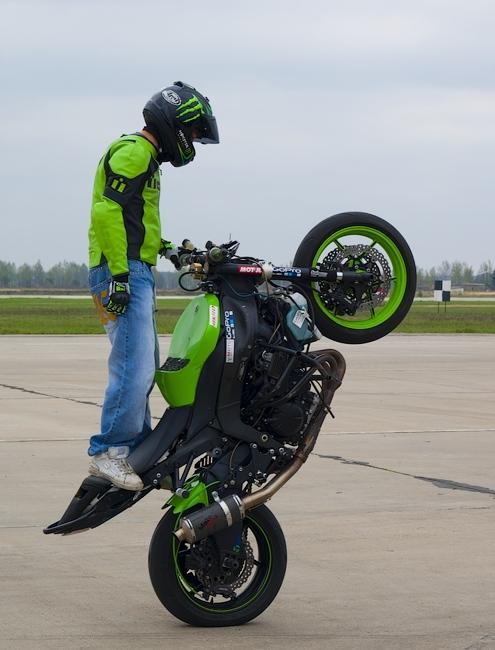 Spectacular Show Of 'Strizhi' Aerobatic Team
