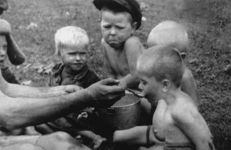 Photos Made by German Occupants in WW2 Russia