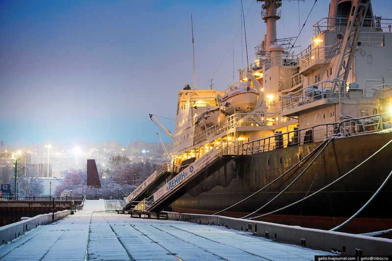 Awesome and Unique Russian Atomic Icebreaking Fleet