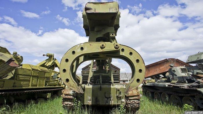 Big Dumping Site of Soviet Technics
