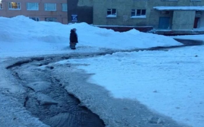 Another Frozen Flood Accident: Freezing Town of Dudinka