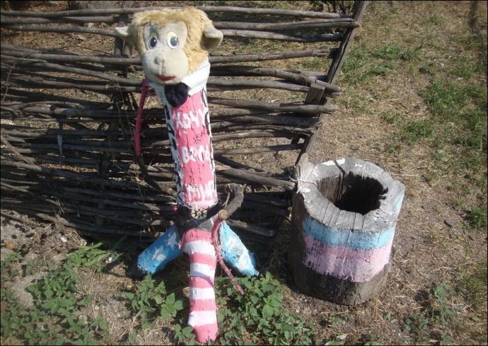 Russian Depressing and Creepy Kids Playgrounds