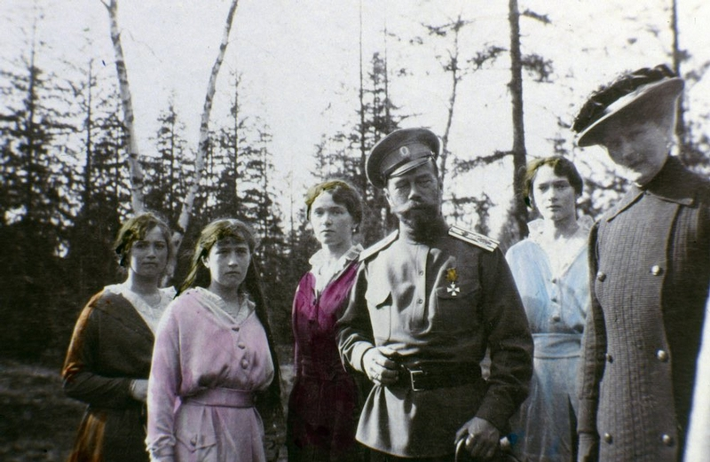 Family Photos of Nicholas II Colorized by His Daughter