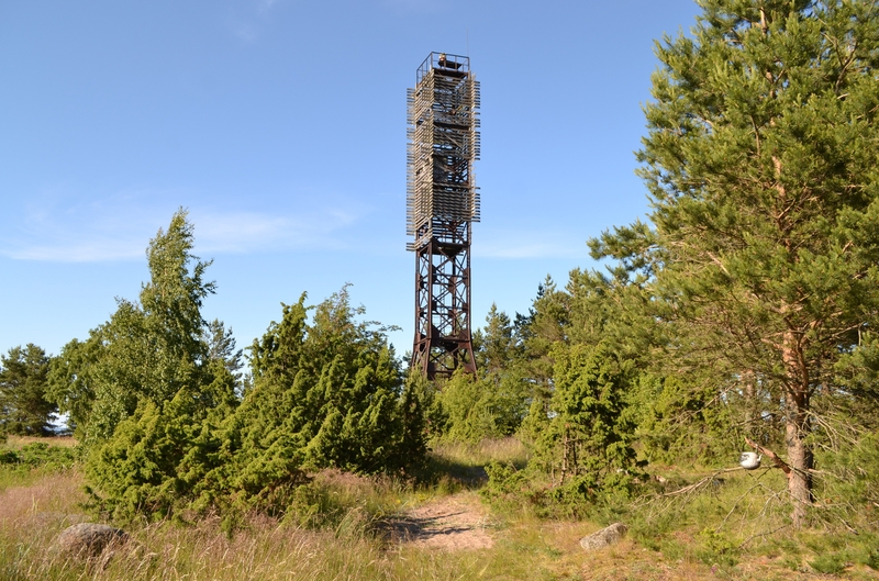 The Story of an Abandoned Nuclear Lighthouse near St.Petersburg