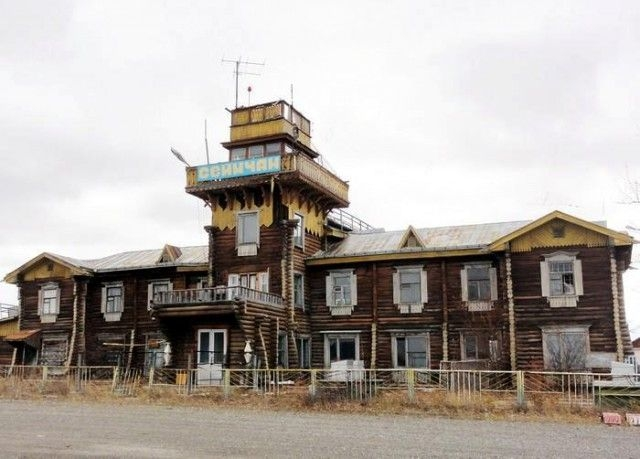 Wooden Airports of Russia [photos]