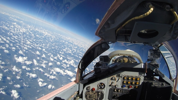 Photos from a MiG-29 Joy Ride to a Stratosphere - English Russia