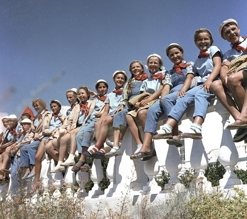Legendary Soviet ARTEK Summer Camp: Place Where Every Soviet Kid Just Wanted to Go
