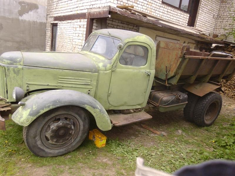 A Restored Soviet ZiL-164 Truck [photos]