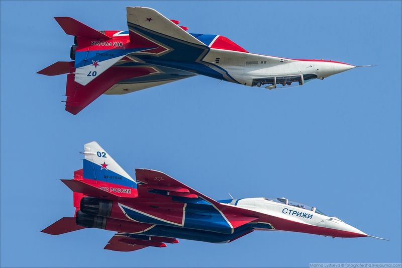 Russian and Chinese Jets Flying at ARMY-2018 Expo Forum