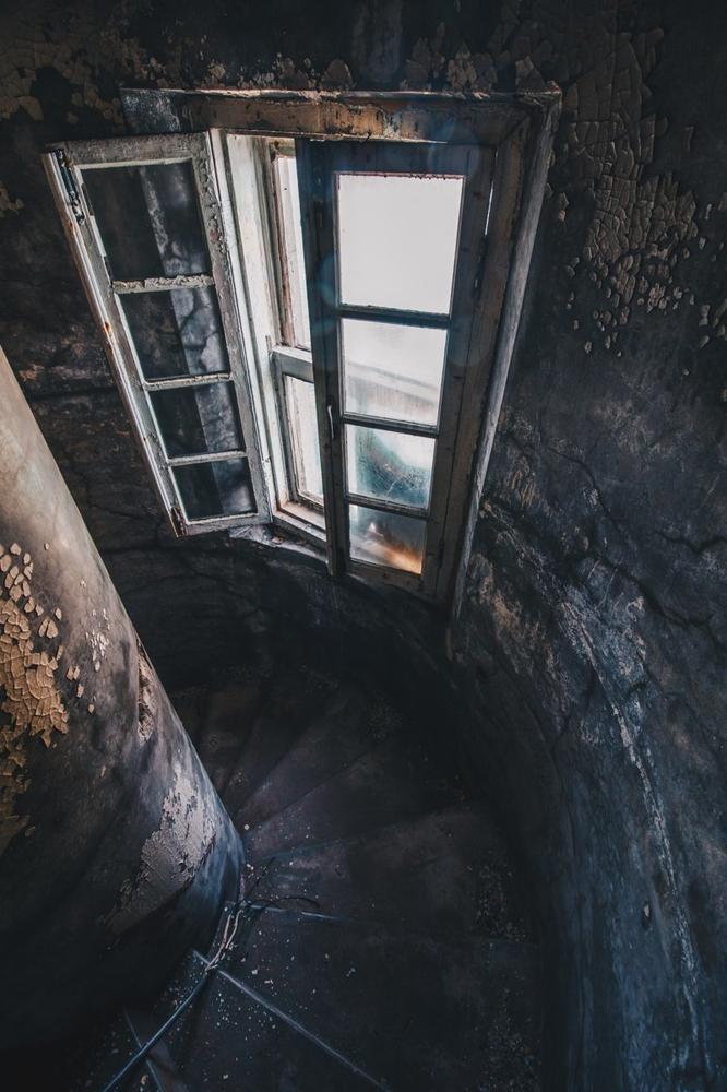 Abandoned Japan Structures on Sakhalin Island [photos]