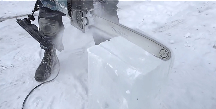Only in Russia: A Car Made Out of Ice That You Can Actually Drive [photos + video]