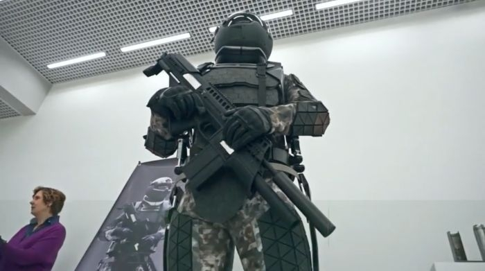 New Russian Combat Uniform Looks Like Star Wars Stormtroopers Has Many Cool Features