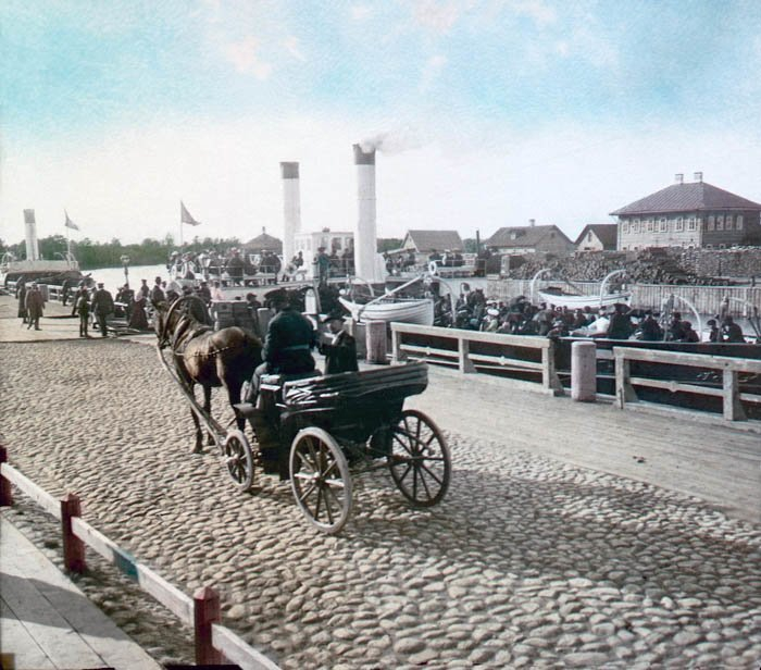 122 Year Old Color Photos of Old Russia [photos]