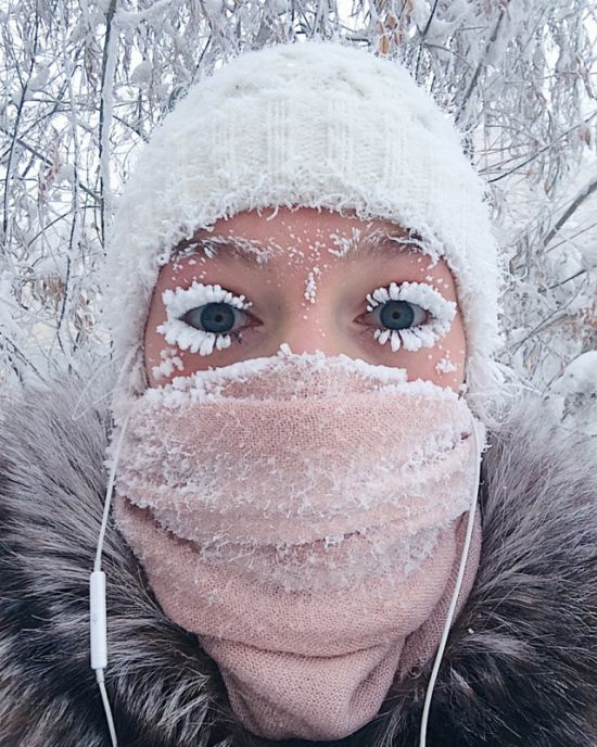 Summer/Winter Yakutsk, Russia [2 photos]