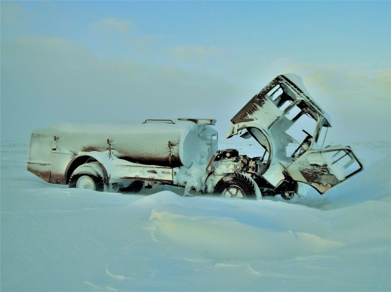 A Journey to Russian Arctics on a Car: No Roads, Polar Bears, Atomic Icebreakers and more