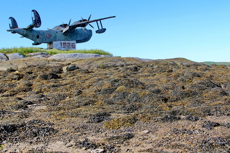 An Abandoned BE-6 Floatplane Monument [photos]