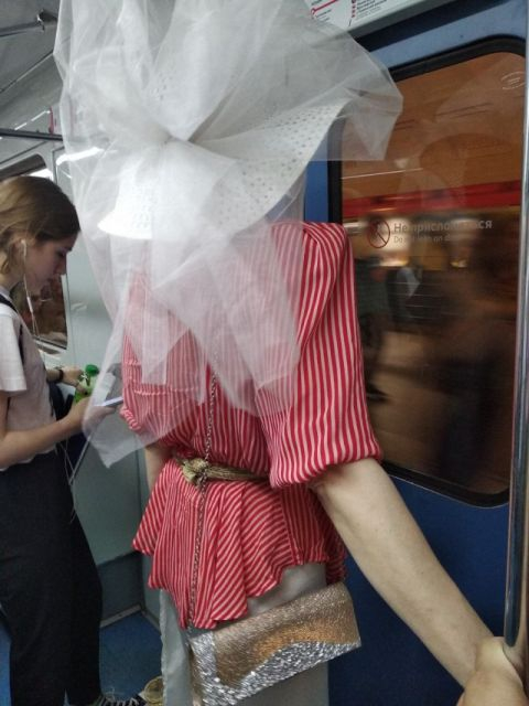People from Russia subway *new* [photos]