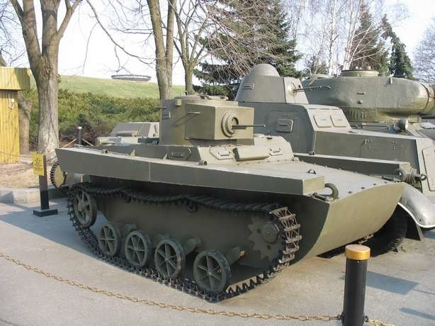 Which Tanks Red Army Had When Hitler Invaded Soviet Union? [photos]