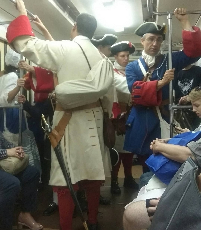 Interesting people from the Russian subway [39 photos]