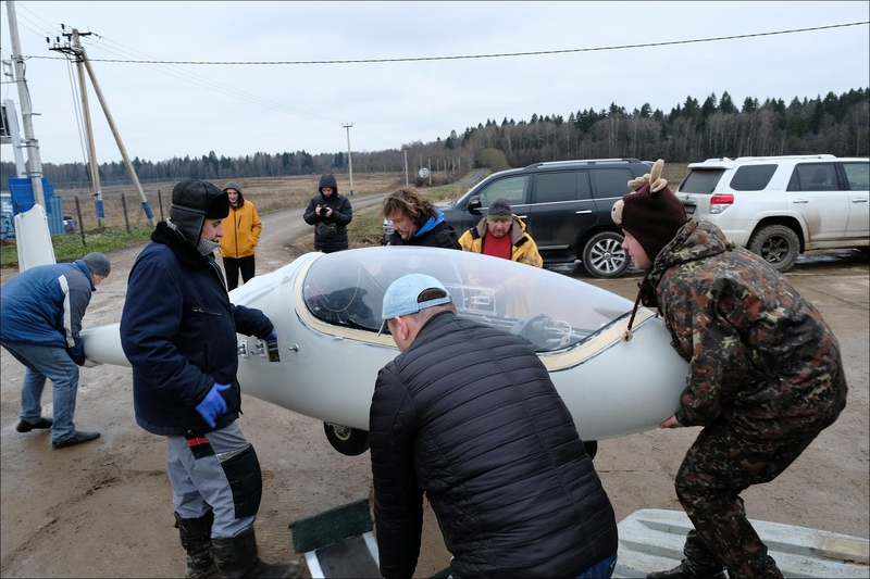 Friends Have Built An Ultra Light Real Turbo Jet Airplane