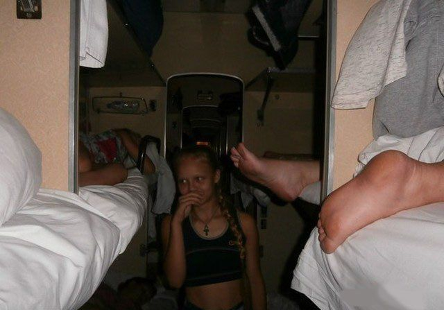 Travel Russian Trains [scary]