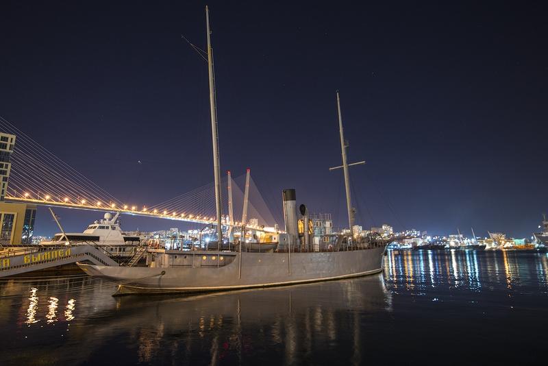 Vladivostok City at Night [12 photos]