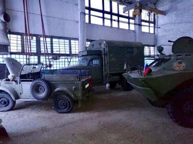 Soviet Restored GAZ-69  Vehicle