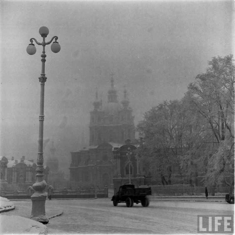 Winter in Leningrad 1955-1956 Photos by LIFE