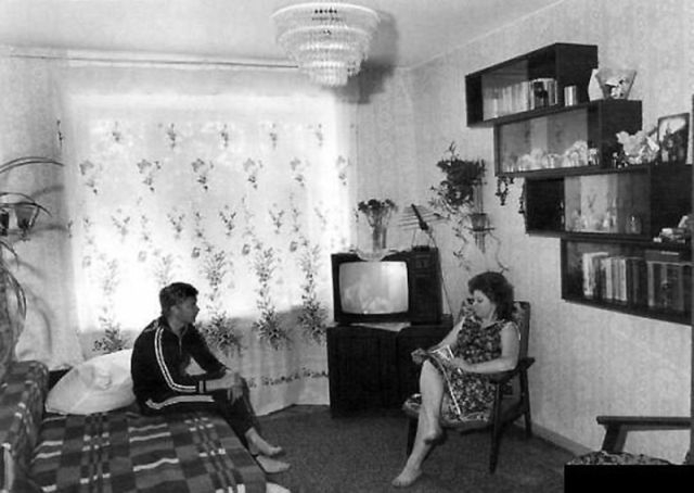 Typical Soviet Apartments Interiors [photos]