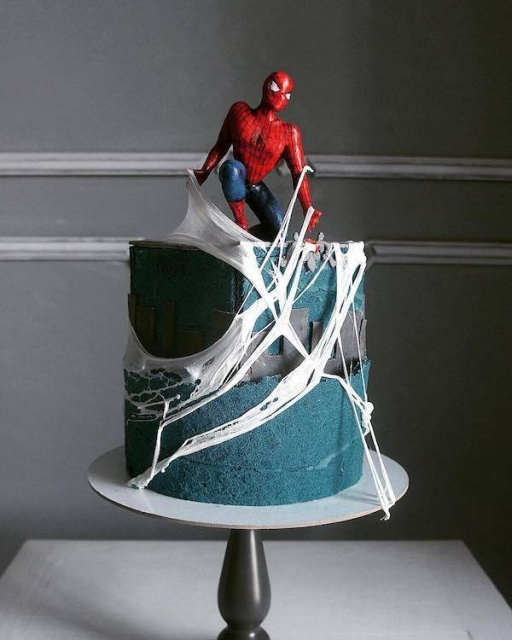 Russian woman making cakes that are looking pretty awesome [photos]