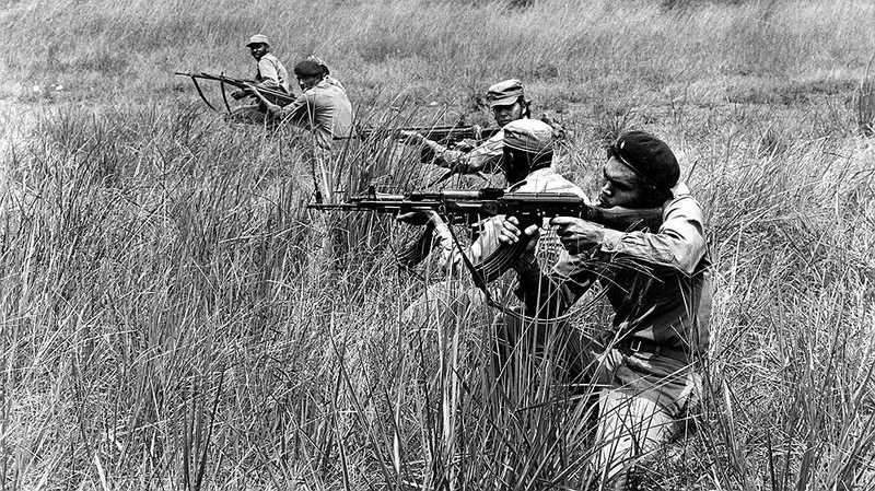 Private Photos of Soviet Officers Fighting a War in Angola