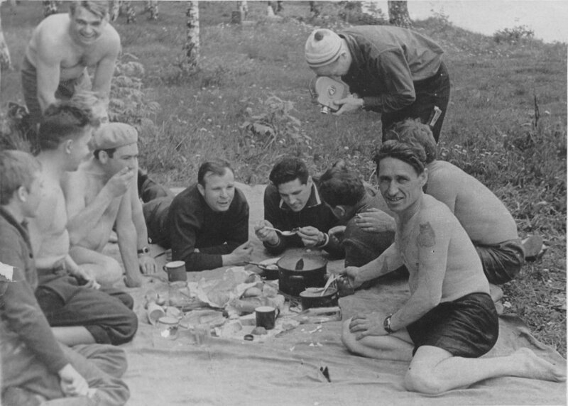 How People Entertained Themselves in Soviet Times [14 photos]