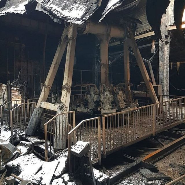 Photos from the Zimnaya Wishnya mall in Kemerovo Russia Where Tens of People Died [photos]
