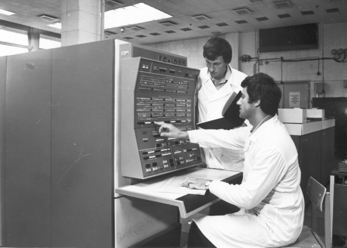 Computers and other Tech from Soviet Times