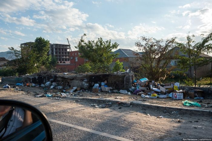 Makhachkala - the garbage capital of Russia (47 photos)