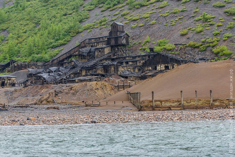 Abandoned Miners Village in Siberia Mounts