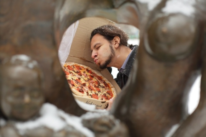 Russian Guy Marries a Pizza