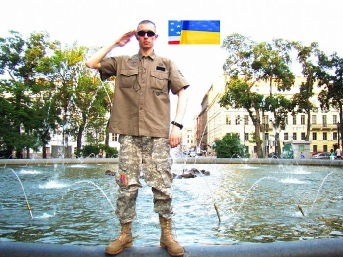 Russian Guy Thinks He is an American Marine