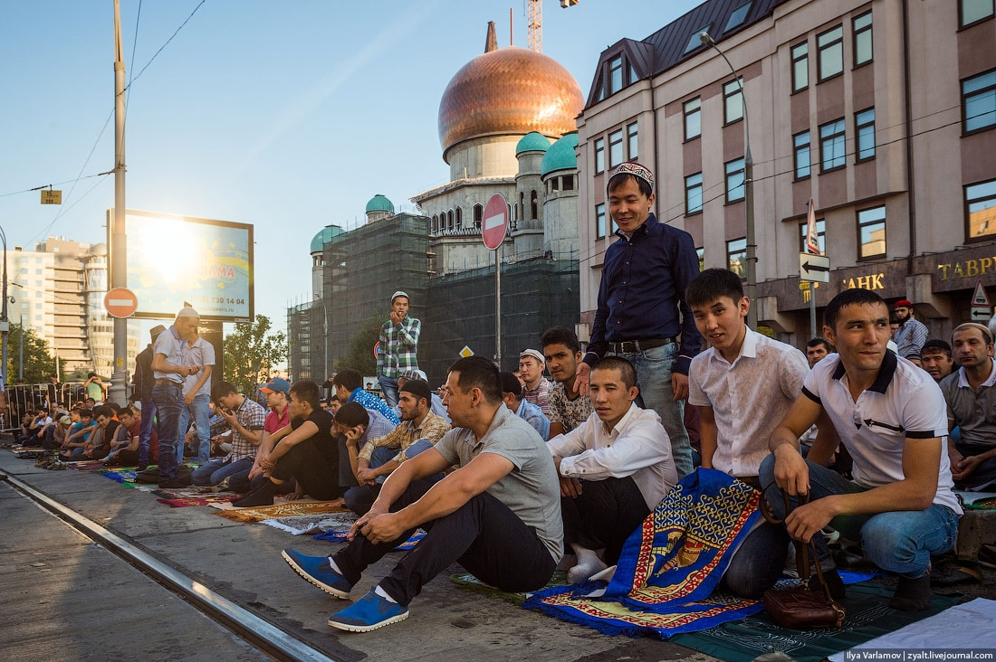 muslim single men in saint petersburg The couple was wearing traditional indian and muslim clothing as they  — a transgender student at a florida high school can use the men's  st petersburg .