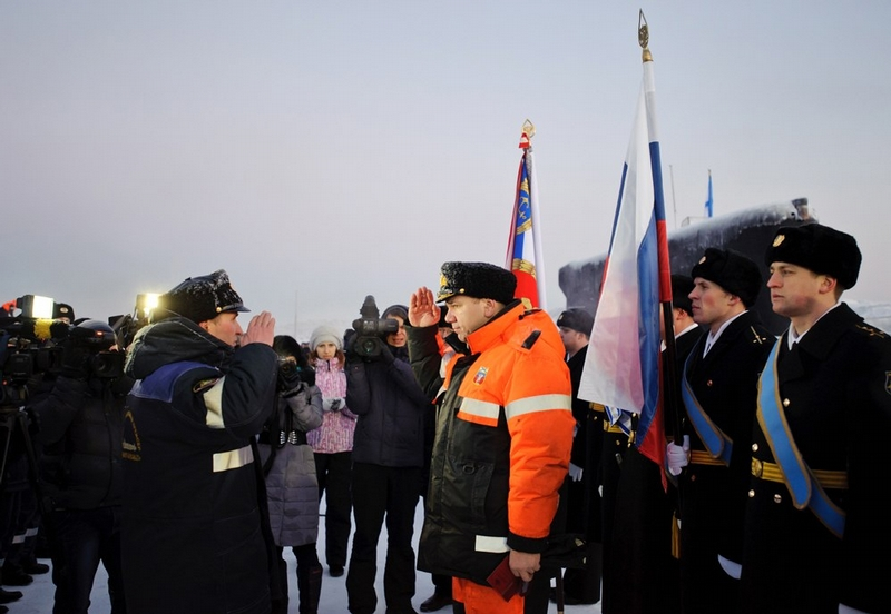 Russian Nuclear Submarines Arrive to Murmansk