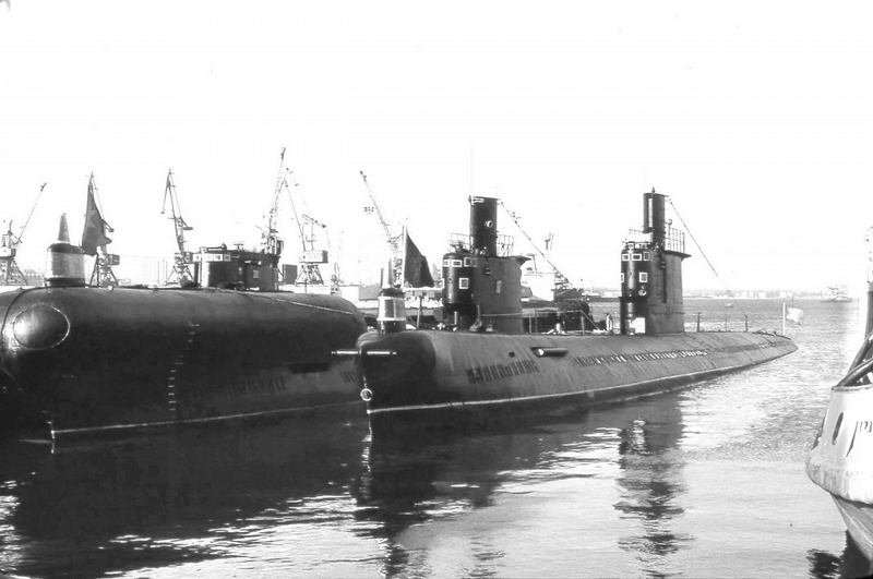 Russian Two-Barrel  Submarine