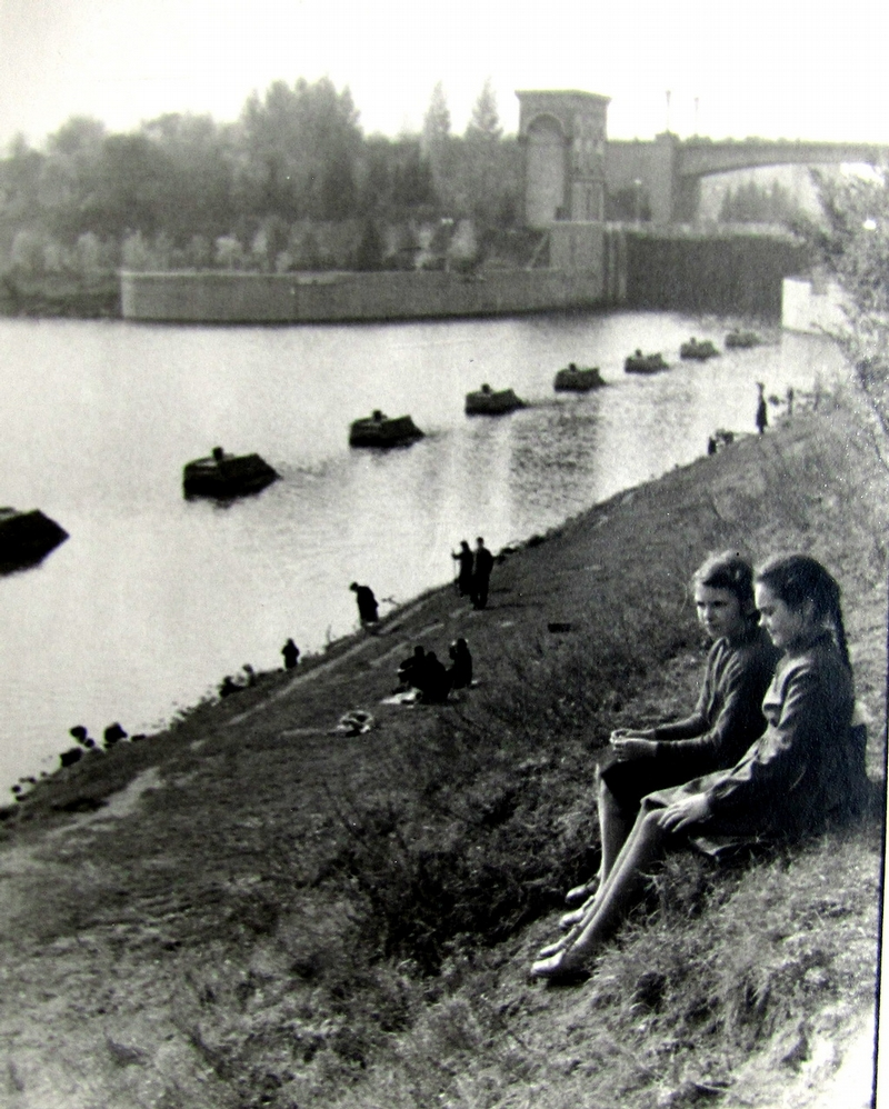 Soviet Life, New Set of Photos