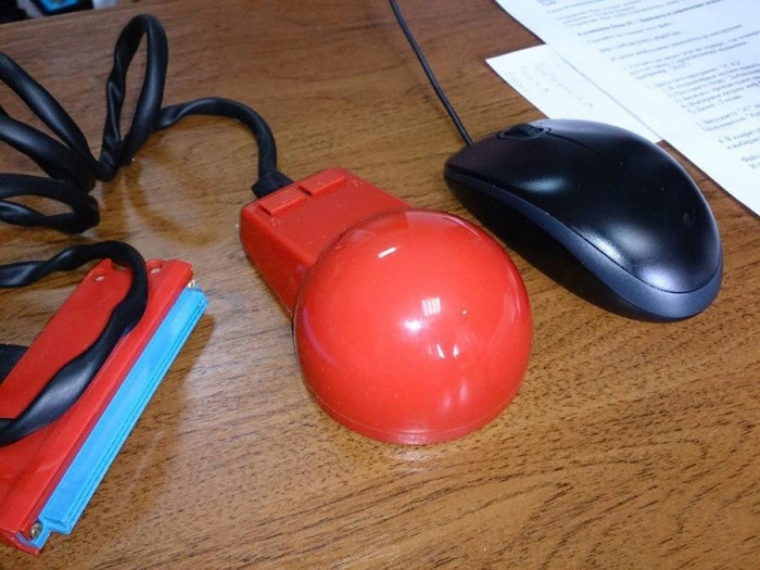 Computer Mouse out of Late Soviet Empire