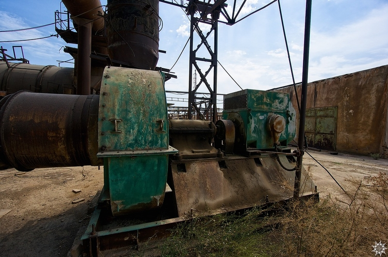 Abandoned Sulfuric Acid Factory and a Lesson in Chemistry