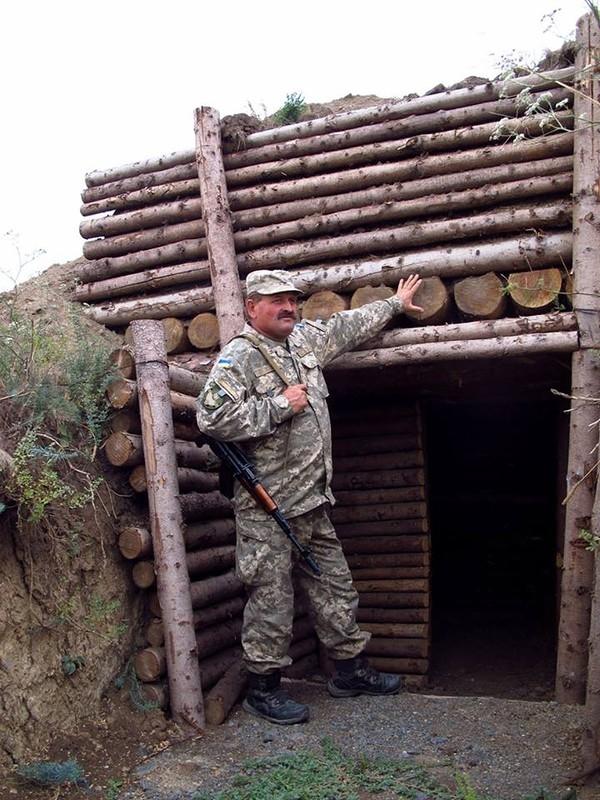 New Ukrainian Fortifications near Mariupol city