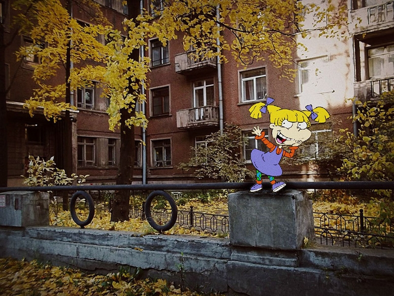Western cartoon heroes occupy streets of Russia
